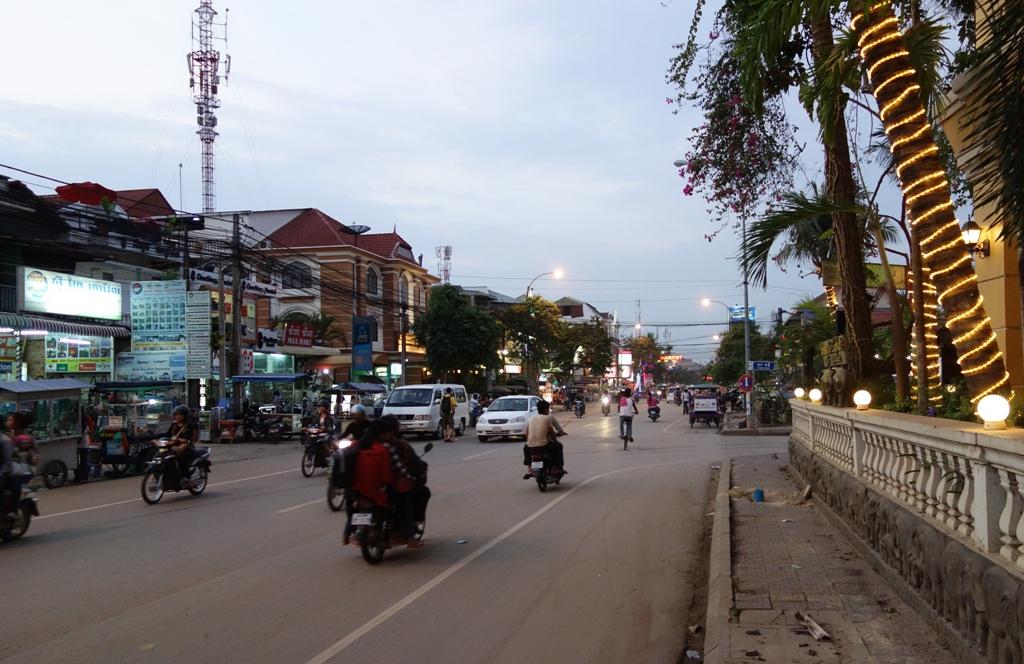 Traffic in Siem Reap